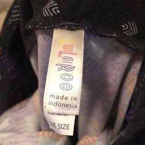 LuLaRoe leggings! One size! Super soft!